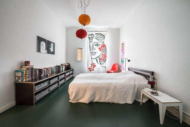 Karhard-Berlin-Flat-Green-Floor-Remodelista-01