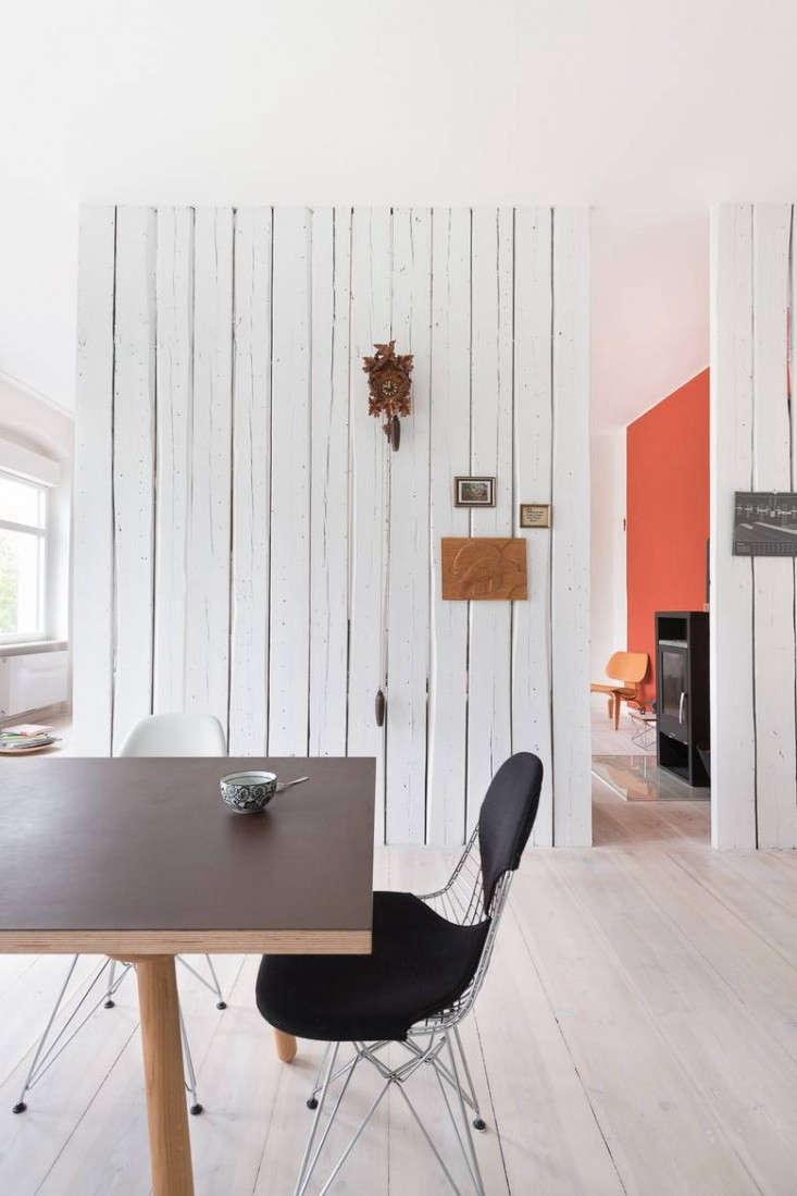 Karhard-Berlin-Flat-Red-Living-Room-Wall-Remodelista-03