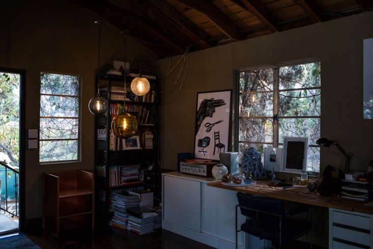 Kelly-Lamb-Los-Angeles-globe-lighting