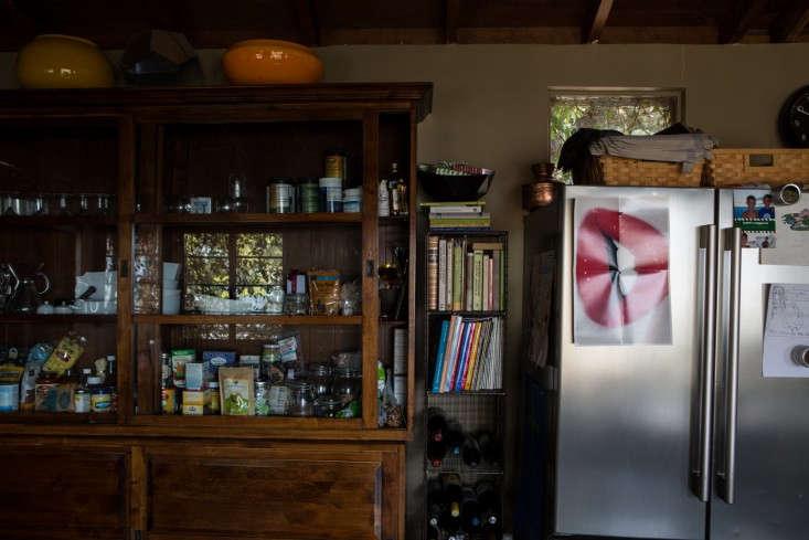 Kelly-Lamb-Los-Angeles-kitchen-storage