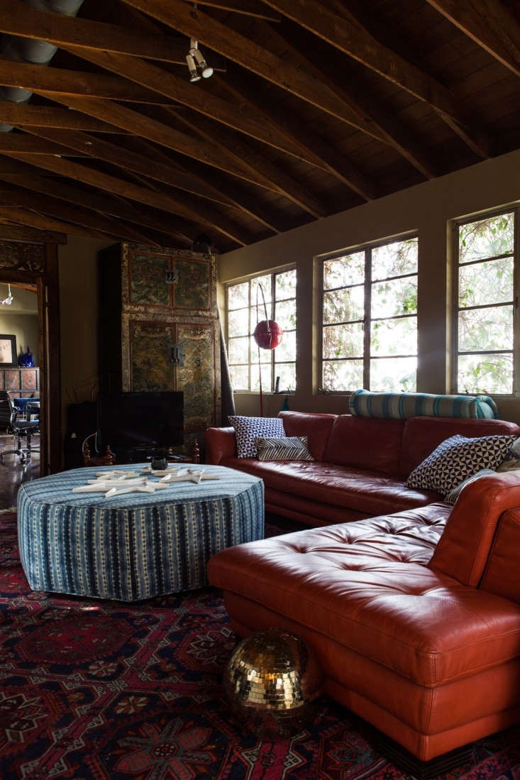 Kelly-Lamb-Los-Angeles-living-room-view