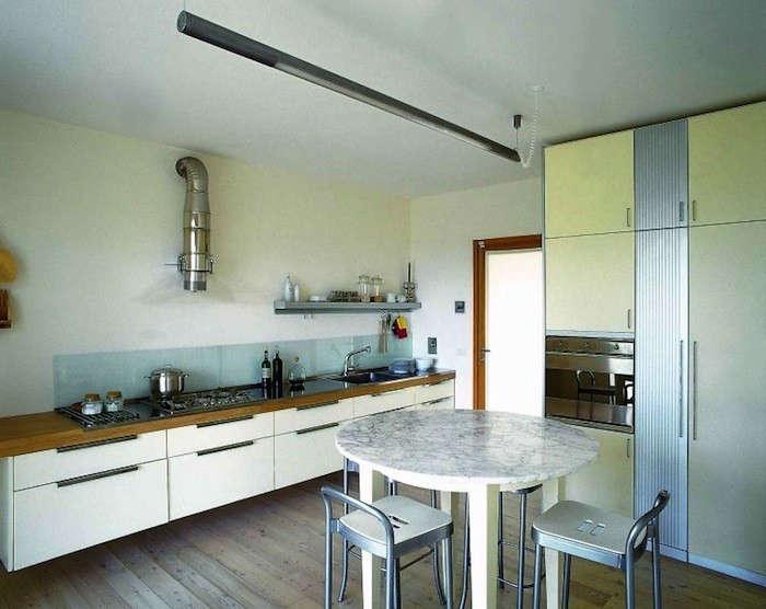 Kitchen-in-Tuscany-Architect-Giorgio-Brogi-Remodelista