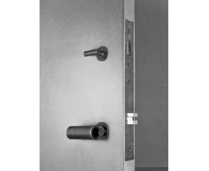 Kundig-Hardware-Door-Latch-Image
