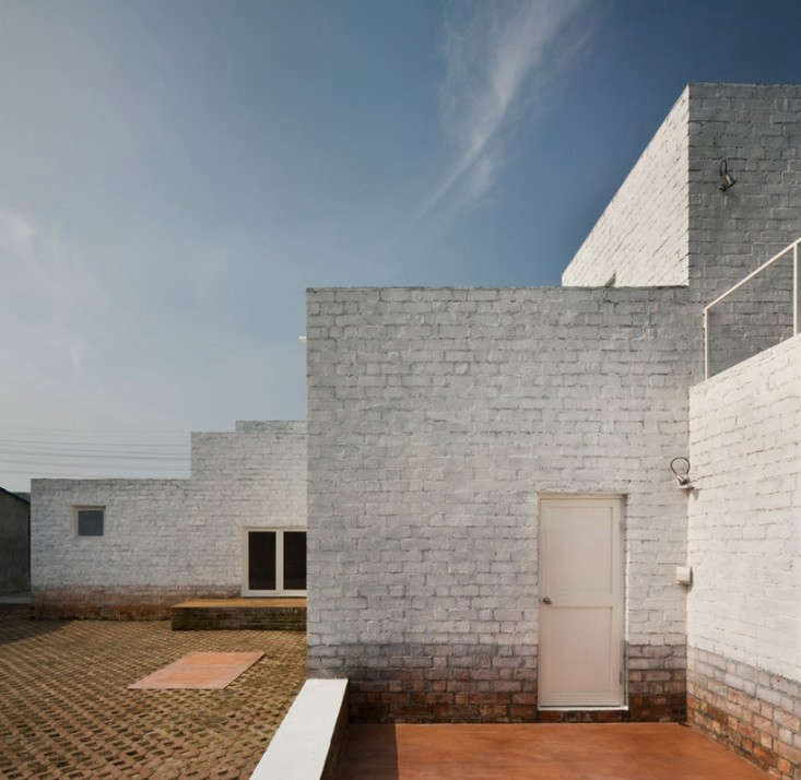 Kuu-Architects-Minusk-House-Shanghai-Remodelista-08