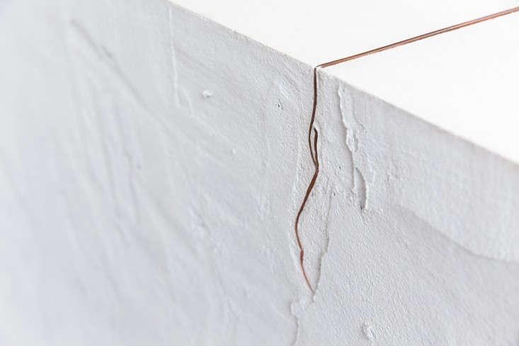 LORD-STANLEY-white-plasterwork