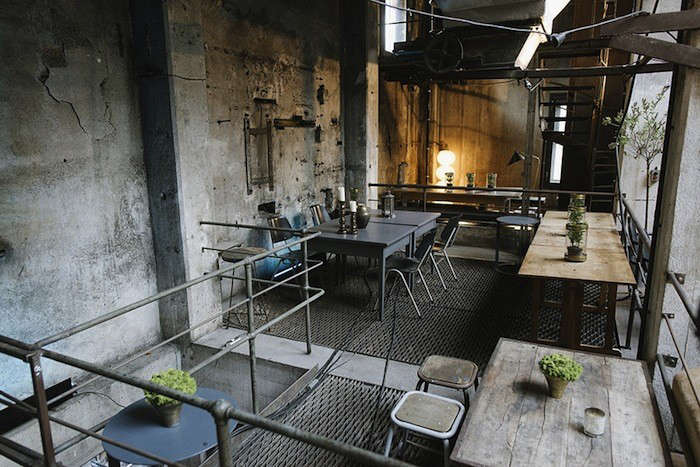 warehouse dining in berlin michelin chef included. Black Bedroom Furniture Sets. Home Design Ideas