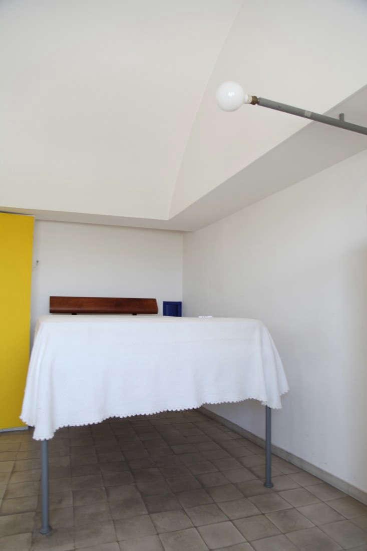 Le-Corbusier-Atelier-in-Paris-Alexa-Hotz-Remodelista-03