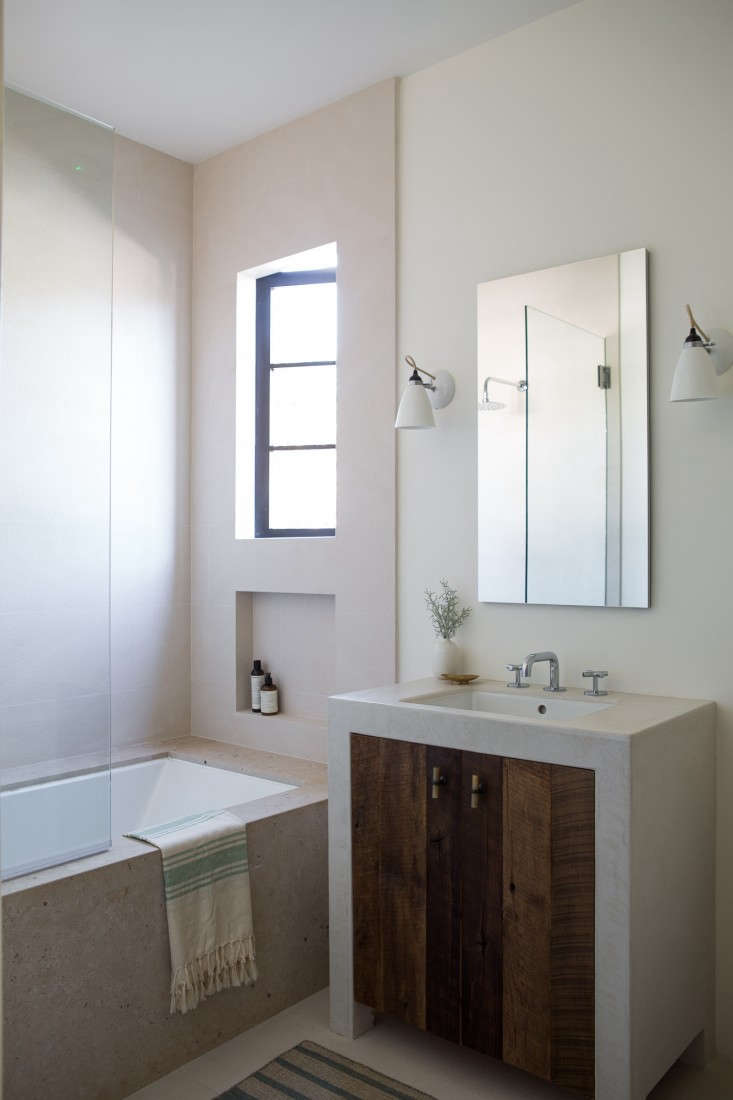 Remodeling 101: How to Install Flattering Lighting in the Bathroom ...