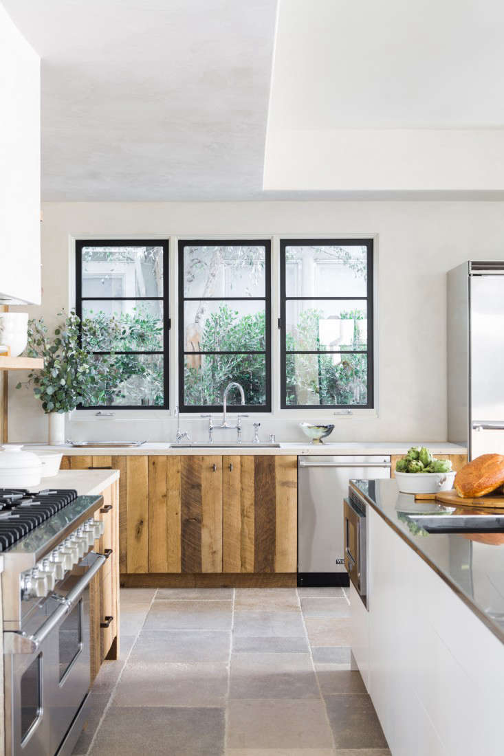 Leigh-Herzig-spec-house-West-Hollywood-photographed-by-Laure-Joliet-Remodelista-8