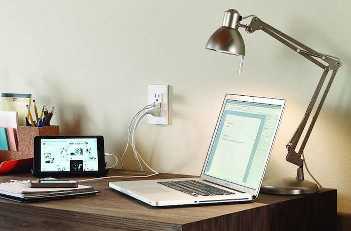 Leviton-USB-Outlet-In-Situ-Remodelista