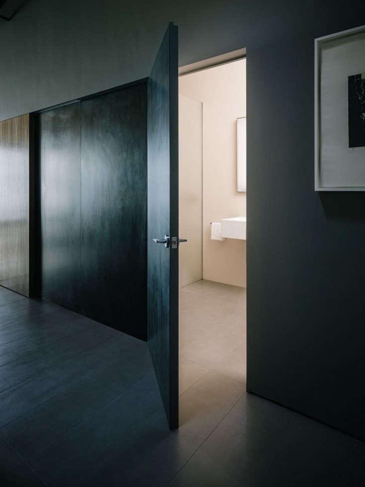 Line-Office-San-Francisco-Loft-Photo-Joe-Fletcher-Remodelista-03