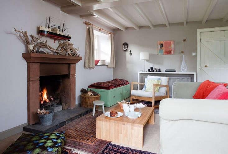 Lucy-Dunce-British-Isles-Ceramicist-House-Edinburgh-Remodelista-11