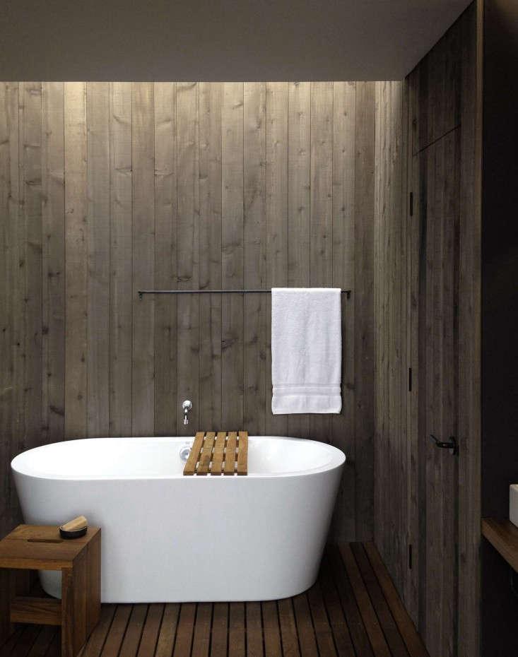 MW-Works-Case-Inlet-Bath-Wood-Paneled