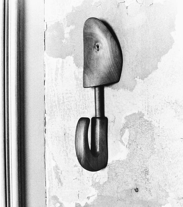 Maison_Martin_Margiela_shoetree-hook_01