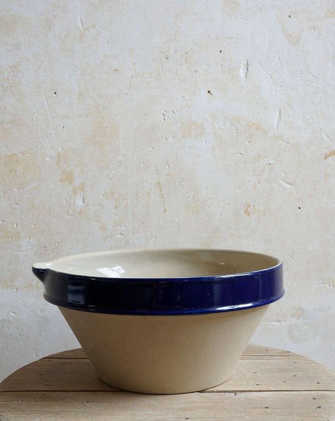 Manufacture-Digoin-bowl-blue-rim