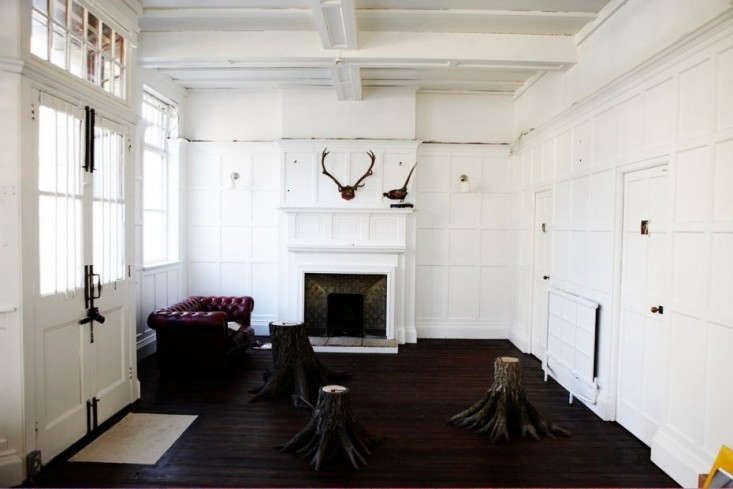 Mat-Collishaw-White-Panelled-Living-Room-Camberwell-London-Remodelista
