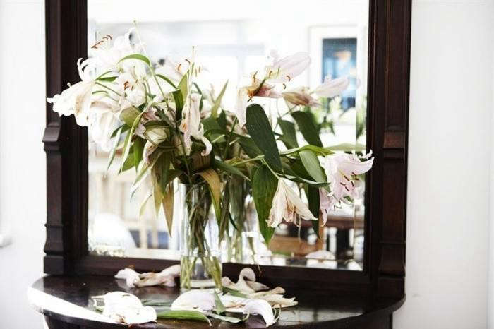 Mat-Collishaw-dying-lilies-Camberwell-London-Remodelista