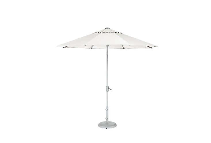 Maui-9-Foot-White-Umbrella-Room-and-Board-Remodelista