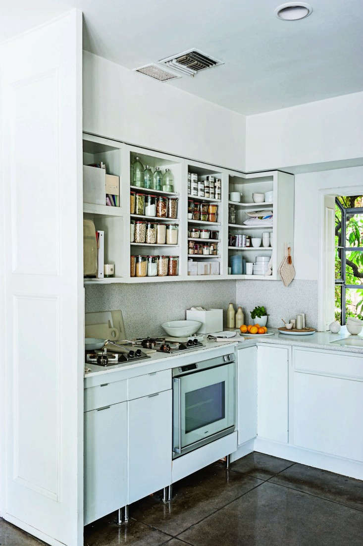 How To Paint Kitchen Cabinets 5 Tips From A Master Painter Remodelista