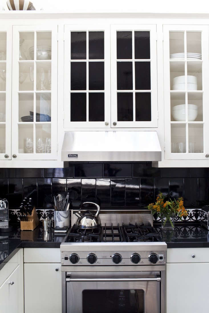 Michelle-James-Kitchen-Black-Tiles