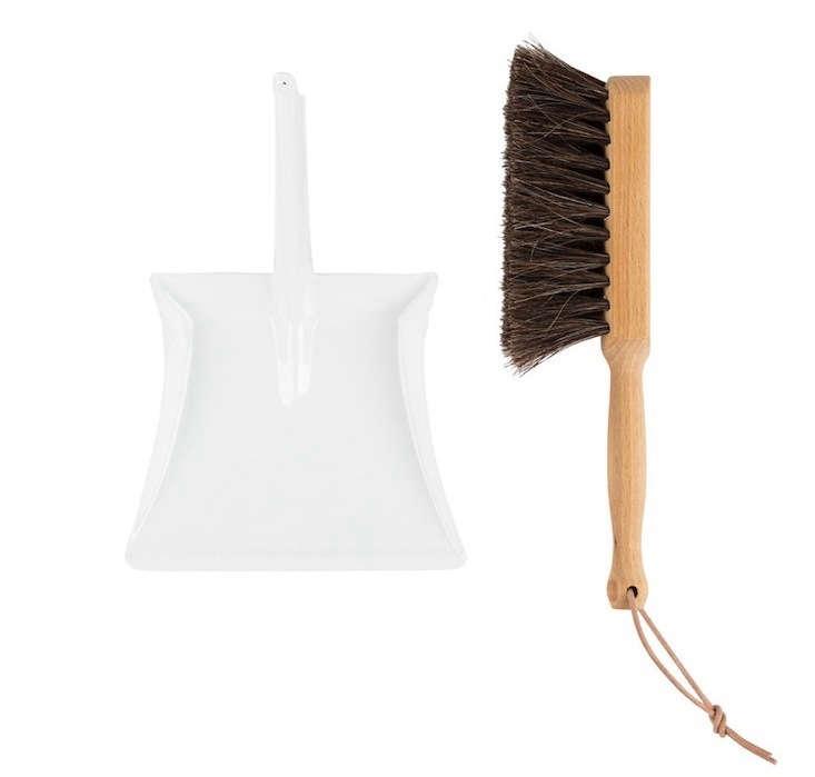 Mini-Dust-Pan-and-Broom-Remodelista