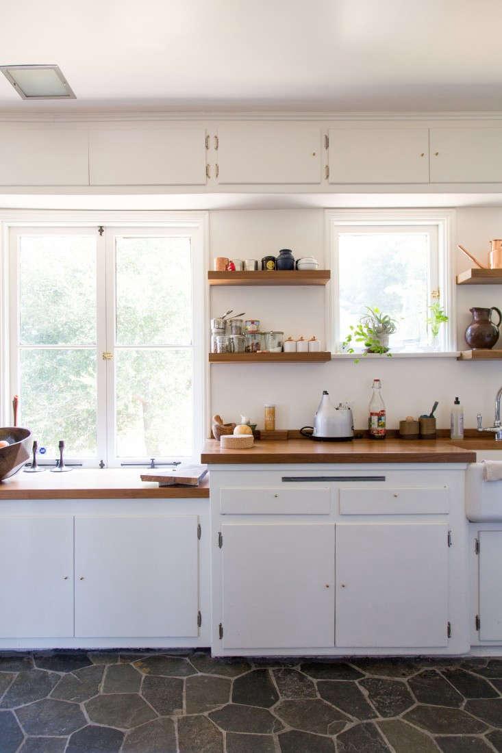 Momo-Suzuki-and-Alexander-Yamaguchi-of-Black-Crane-kitchen-in-LA-photograph-by-Kikuko-Usuyama-Remodelista-7