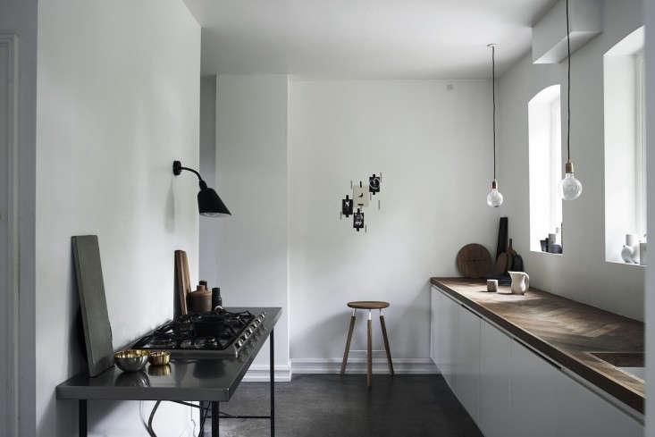 Monochrome-Home-Hilary-Robertson-Norm-kitchen-Remodelista