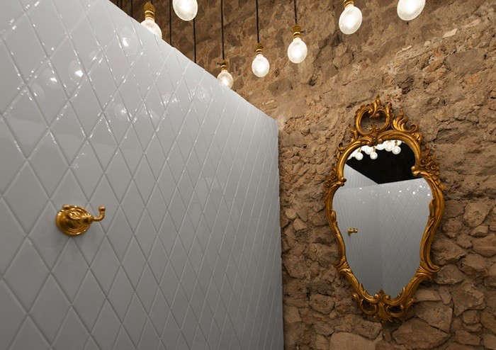 Montero-Bathroom-Details