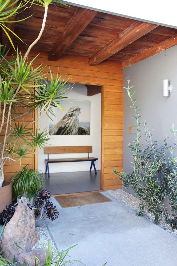 Nickey-Kehoe-Beverly-Hills-Entrance-Remodelista