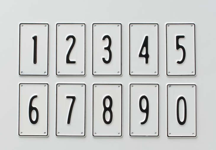 aluminum number signs  remodelista