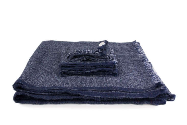 Nuno-Japanese-towel-Rikumo-Remodelista