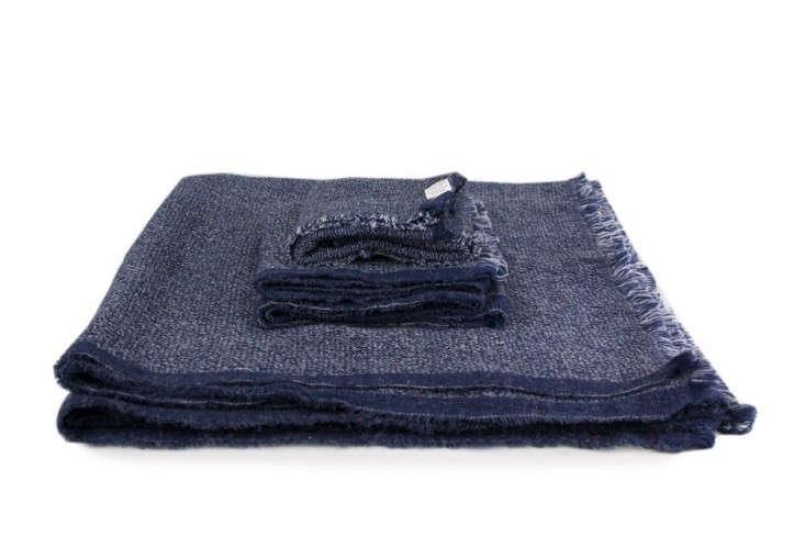 Nuno-Japanese-towel-Rikumo-Remodelista