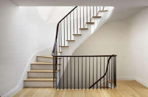 O'neill rose West Side Townhouse, stair landing | Remodelista