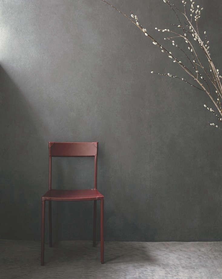 OCHRE-Sable-Chair-Remodelista-02