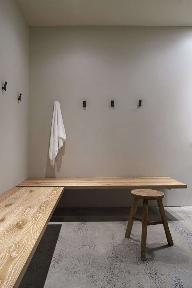 One-Hot-Yoga-Changing-Room-Remodelista