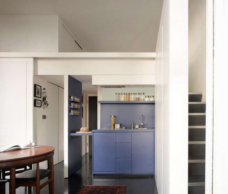 one-room living: a shape-shifting studio apartment in