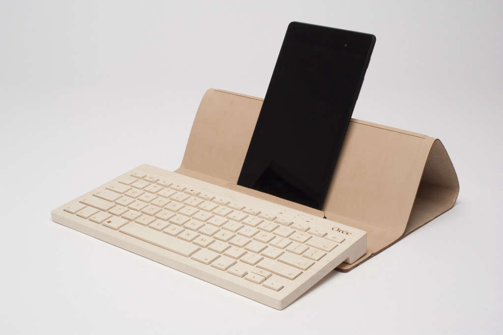 Orée-wooden-wireless-keyboard-with-leather-stand-and-cover-Remodelista