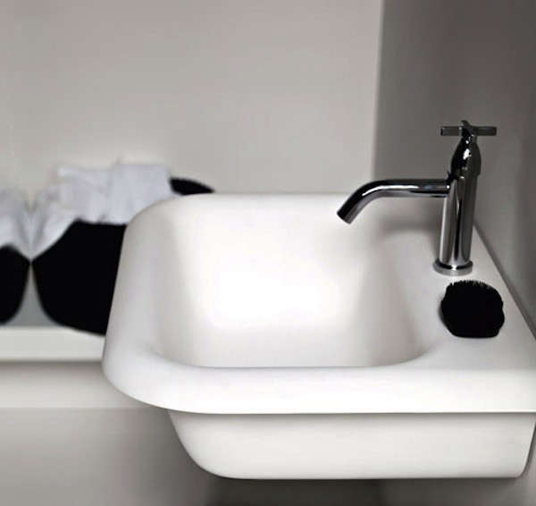 Ottocento-Agape-Sink