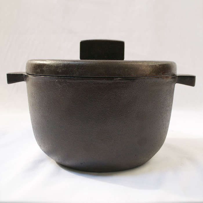 Outlaw-Schmitz-Cast-Iron-Dutch-Oven-Rounded-Bottom-Remodelista