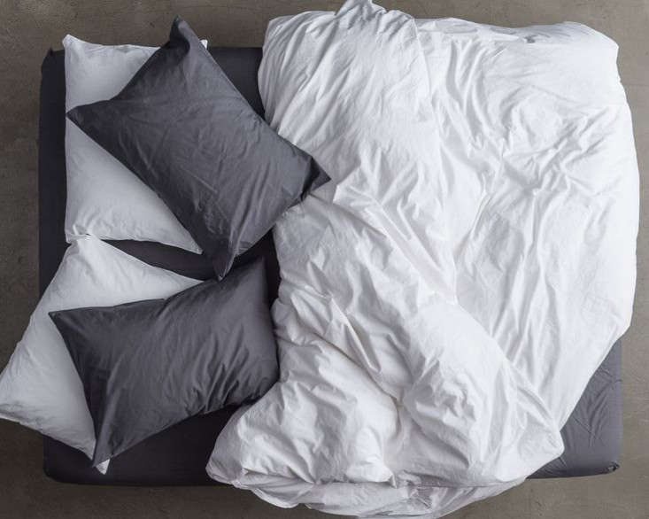 bedding disrupters luxury linens for less online edition remodelista. Black Bedroom Furniture Sets. Home Design Ideas