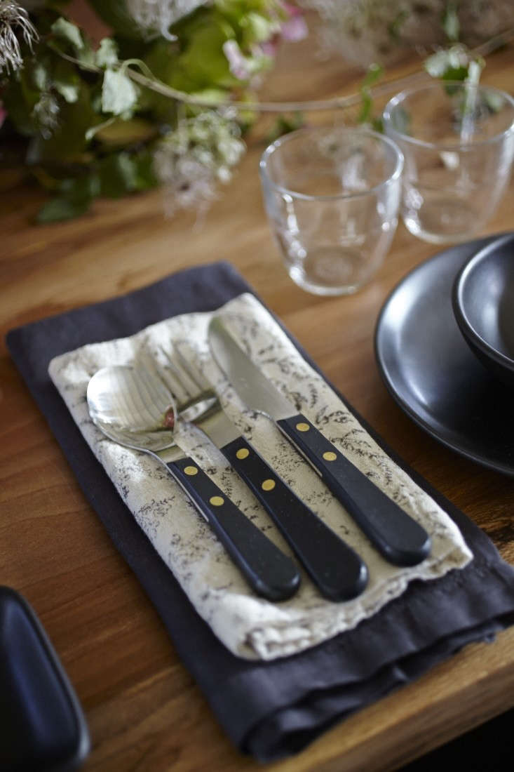 Parkside-Holiday-Table-David-Mellor-flatware-photography-Julia-Spiess-Remodelista