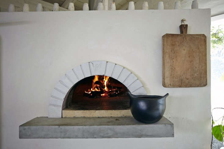 Parkside-Holiday-Table-wood-burning-oven