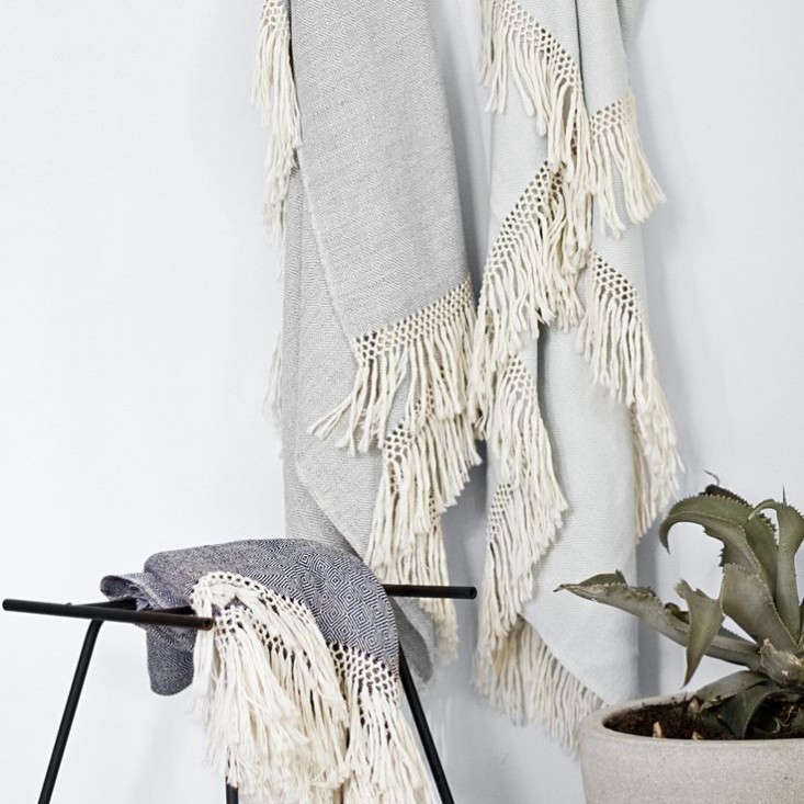 Peruvian-blankets-The-Citizenry-Remodelista