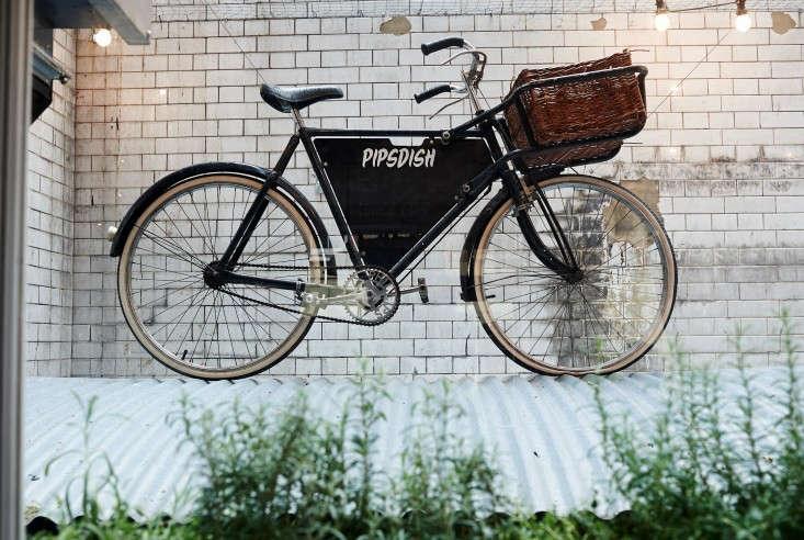 PipsDish-Covent-Garden-London-Jonathan-Gooch-Remodelista-15