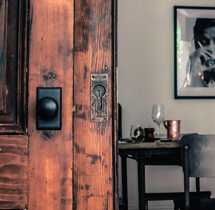 Pocket-door-detail-in-home-of-jen-pelka-and-charles-bililies-of-souvla-Remodelista