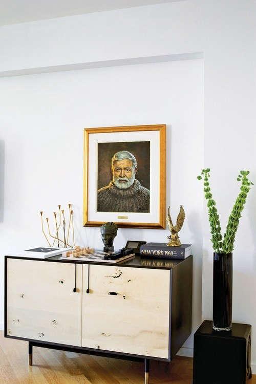 Portraits-as-Decor-Ernest-Hemingway-Remodelista