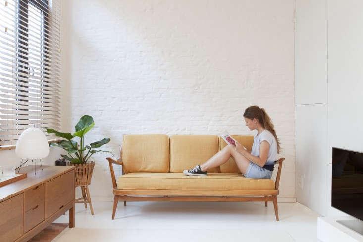 Provincie-apartment-Antwerp-Komaan!-Architects-Lisa-Van-Damme-photographer-Remodelista-11