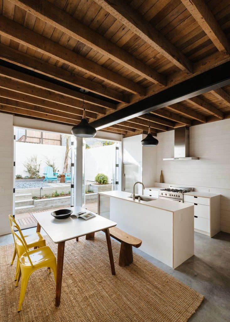 Red-Dot-Studio-Bank-St-house-Joe-Fletcher-photo-Remodelista-1