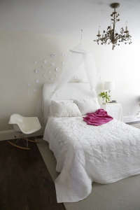 Clementine's Room with Pink Throw/Remodelista