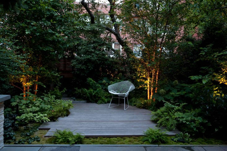 Robin_Key_Landscapes_Brooklyn_Heights_Garden_With_Patio_Gardenista
